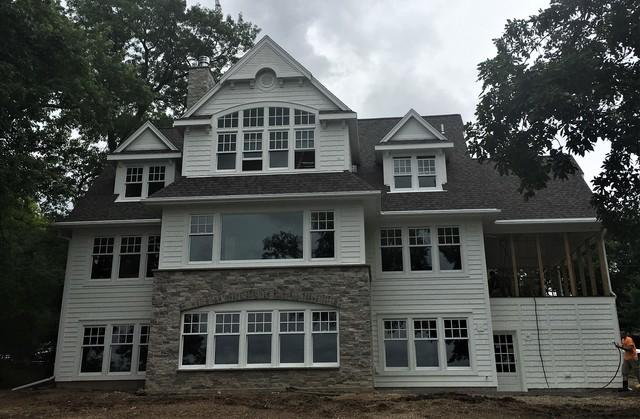 New Construction Lake Home in Markesan Chooses LeafGuard Aluminum Gutters