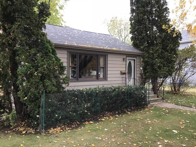LeafGuard gutters installed on home in Kaukauna, Wisconsin