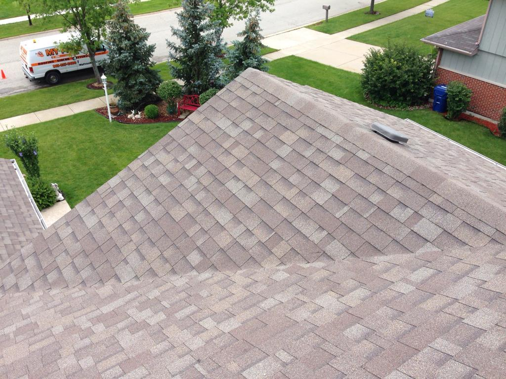 Minooka, IL Roof Replacement - Before Photo