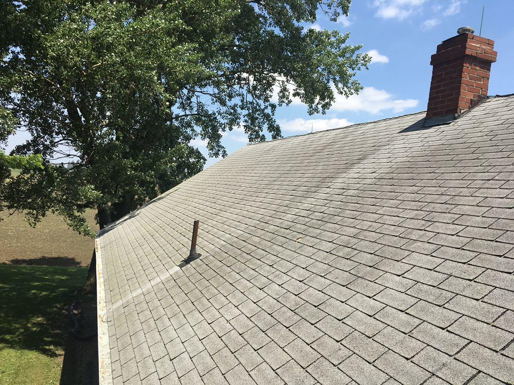 Roof Replacement in Rochelle, IL - Before Photo