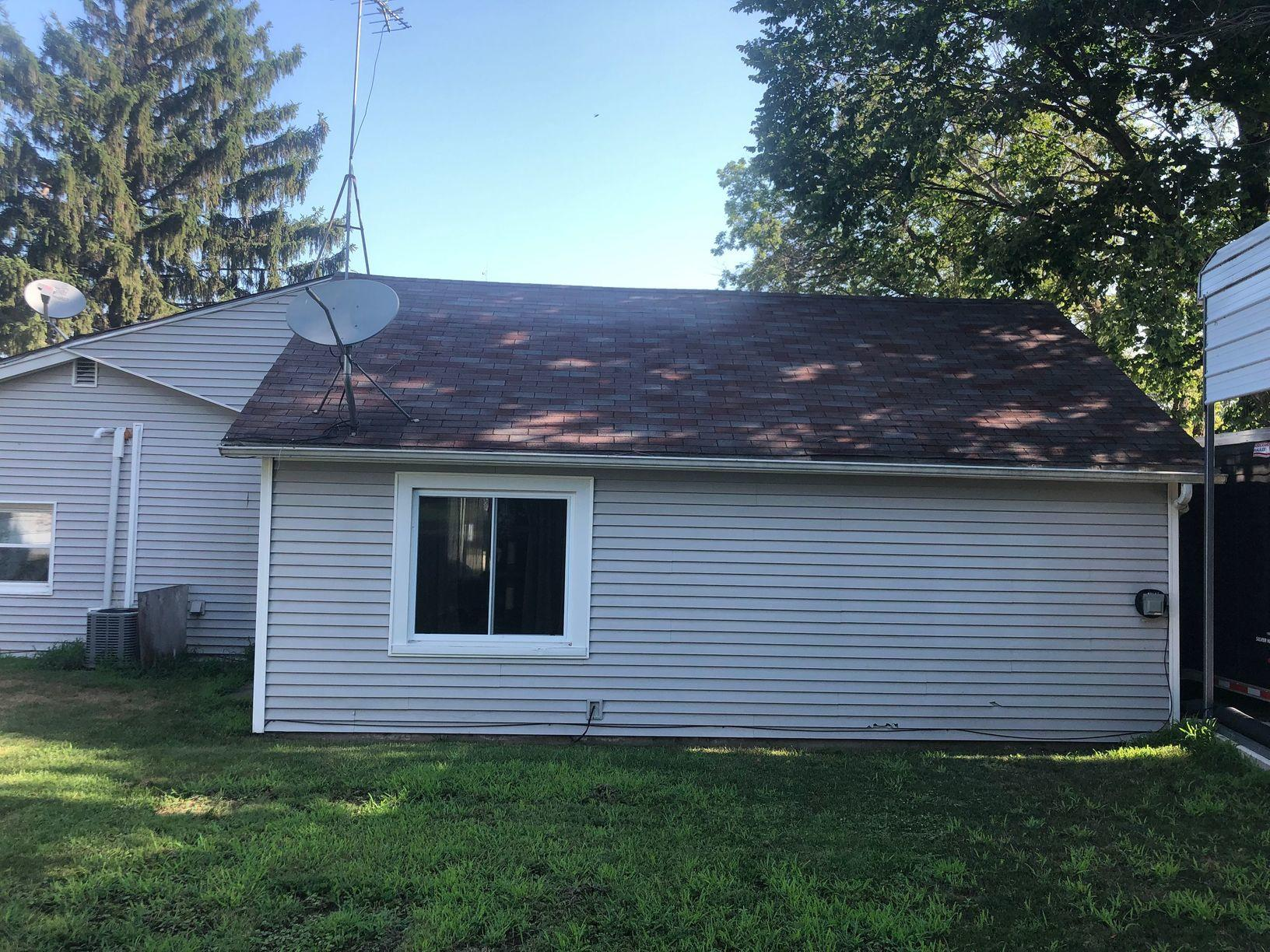 Three Layer Roof Replacement in Leaf River, IL - Before Photo