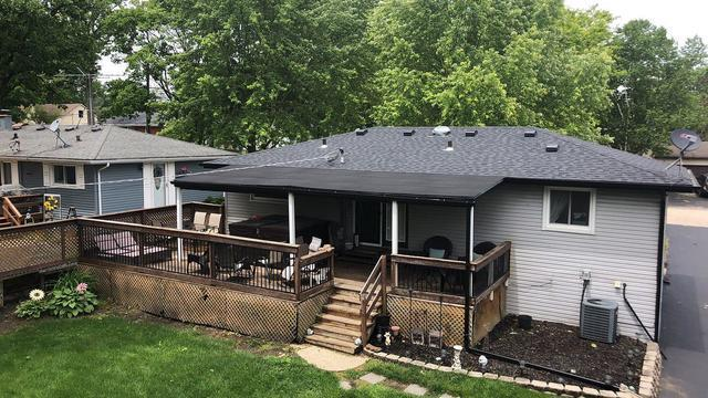 Flat & Shingle Roof Replacement in Poplar Grove, IL