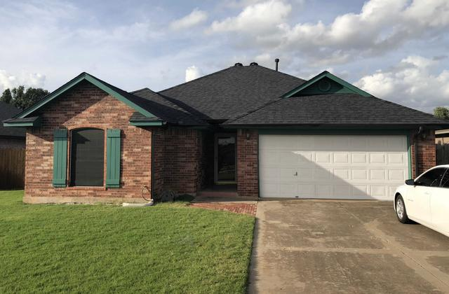 Brand New Roof, Gutters, Downspouts, and Paint in Mustang, OK!