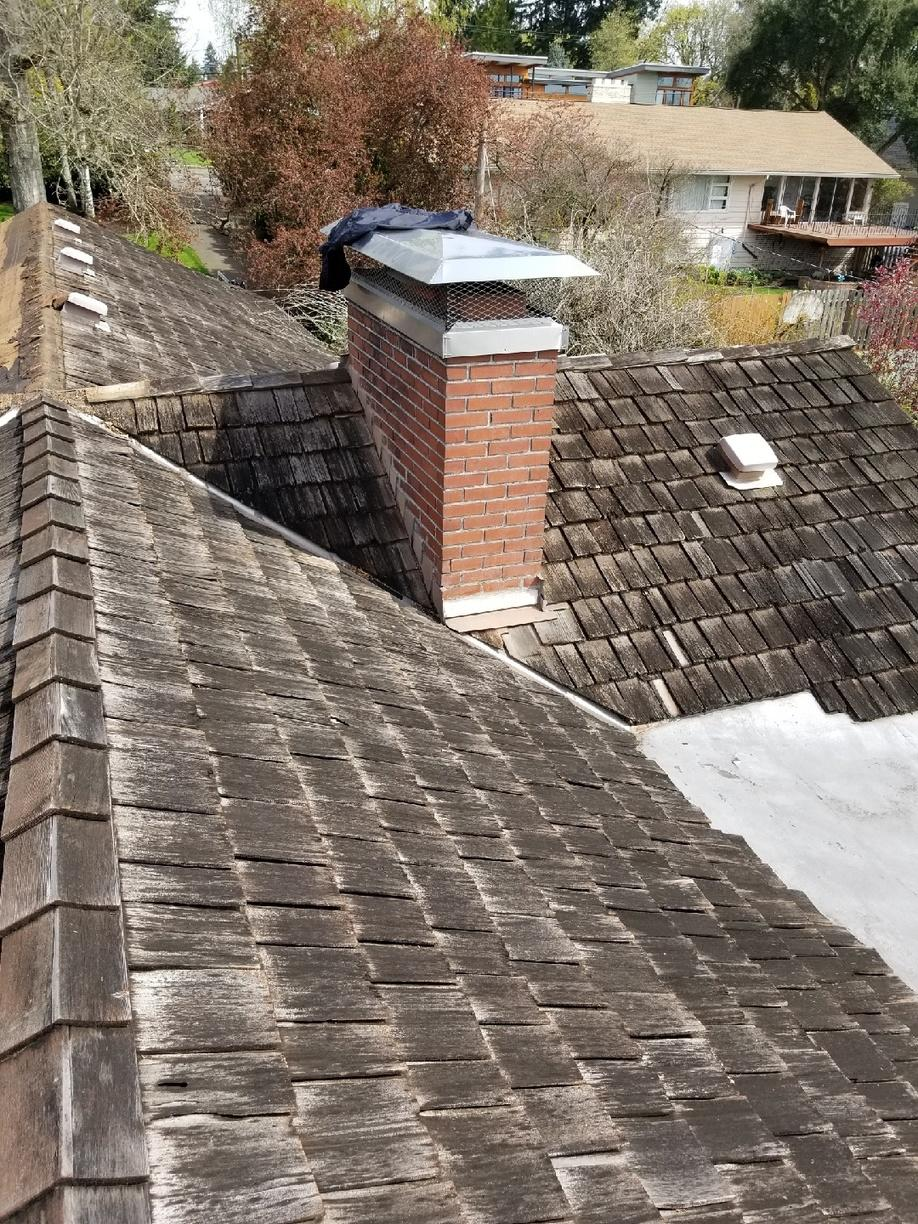 Roof Replacement in Vancouver, WA - Before Photo