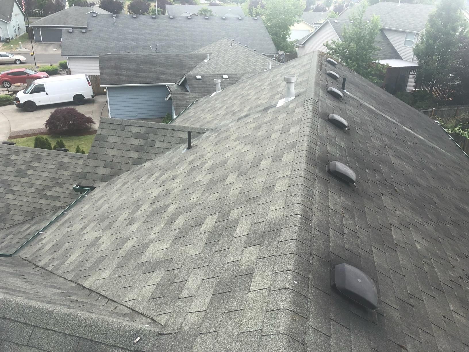 Roof Replacement in Battle Ground, WA - Before Photo