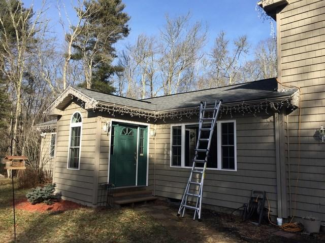 Dartmouth, MA home gets new roof