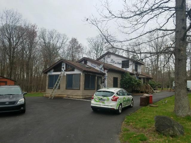 Guardian Elite Series Siding Looks Beautiful in New Philadelphia, PA! - Before Photo