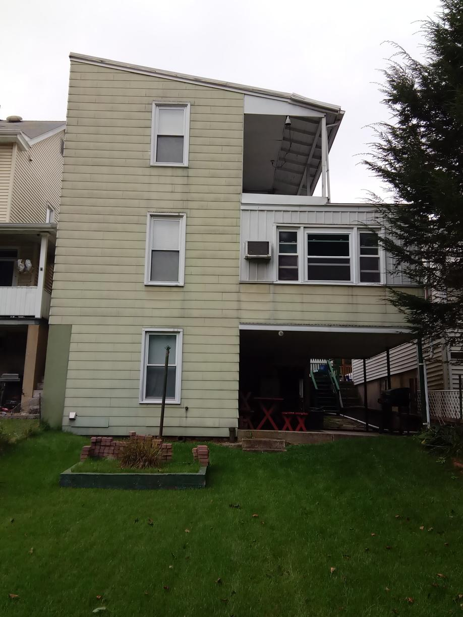 Vinyl Guardian Elite Series Siding in Port Carbon, PA! - Before Photo