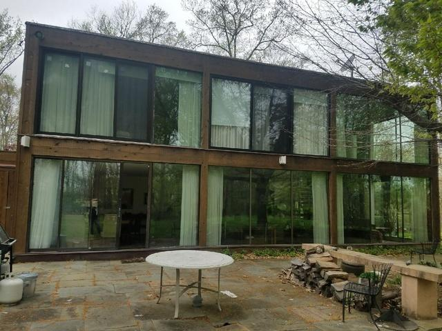 Glass Home in Chester Springs, PA Get's Window Replacement!