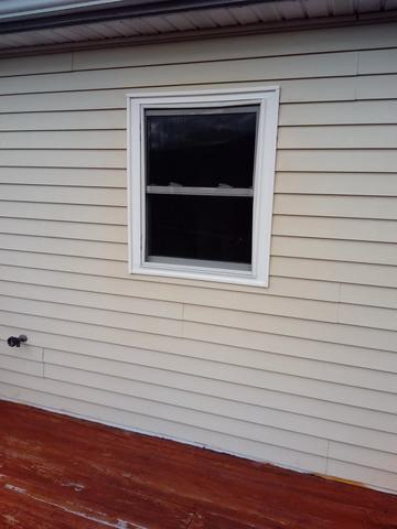 Guardian Elite Series Double Hung window in Auburn, PA