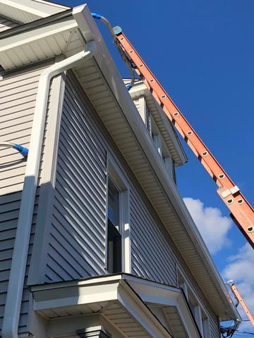 Seamless Gutter System in  Bridgeport, CT