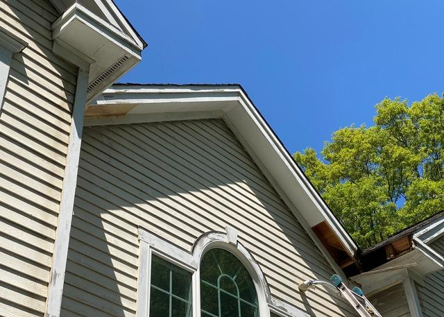 CTGutter   Replacement Of Rotted Fascia, Soffit and Molding   Trumbull, CT