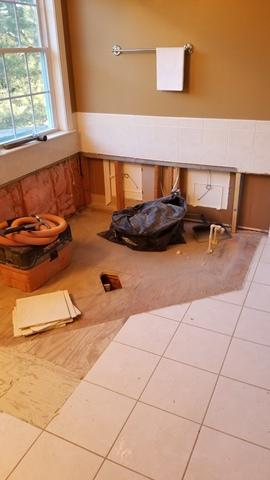 Bathroom Remodeling in Severna Park, MD - Before Photo