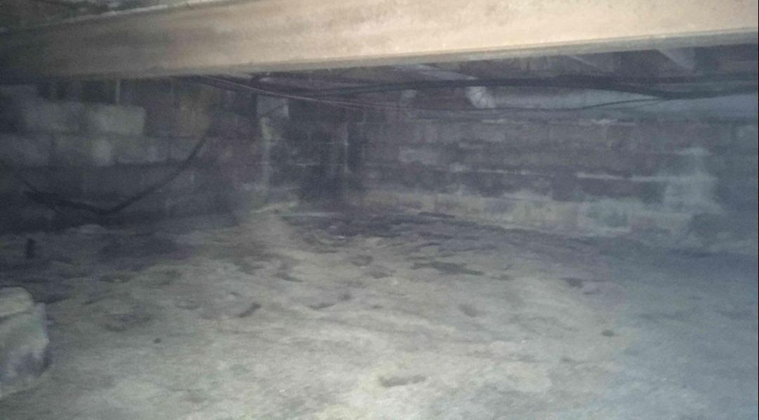 Crawl Space Encapsulation in Richmond, IN - Before Photo