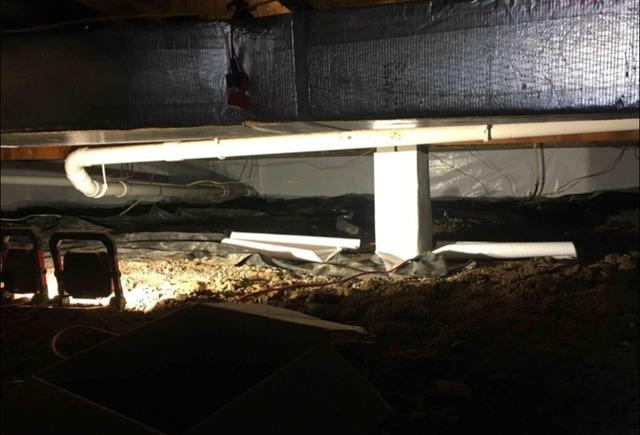 Nasty Crawl Space in Connersville, IN