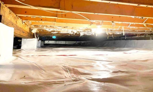 Crawl Space Waterproofing in Elwood, IN