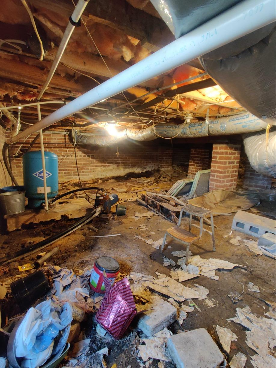 Protecting Burlington, NC Crawl Space from Water Vapor - Before Photo