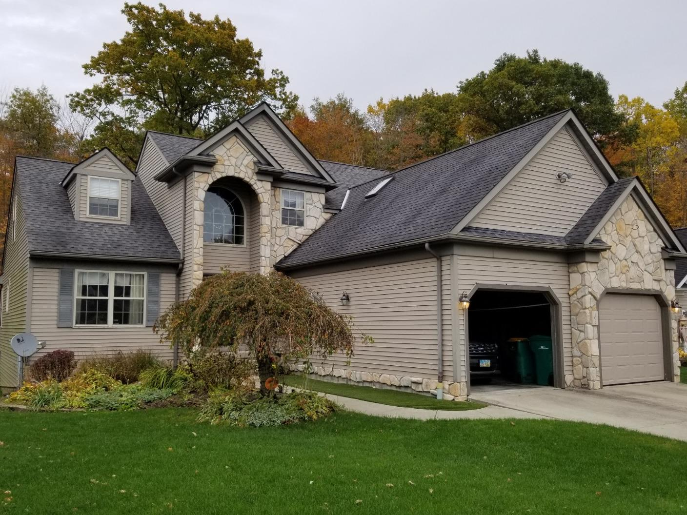 Chardon Roof Replacement - Before Photo
