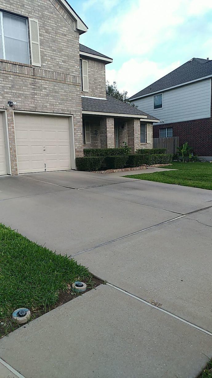 Concrete Driveway Repair in Round Rock, TX - Before Photo