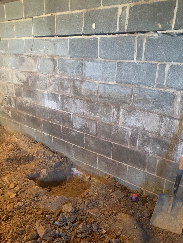 Bowing Wall - Tomsbrook,VA - Before Photo