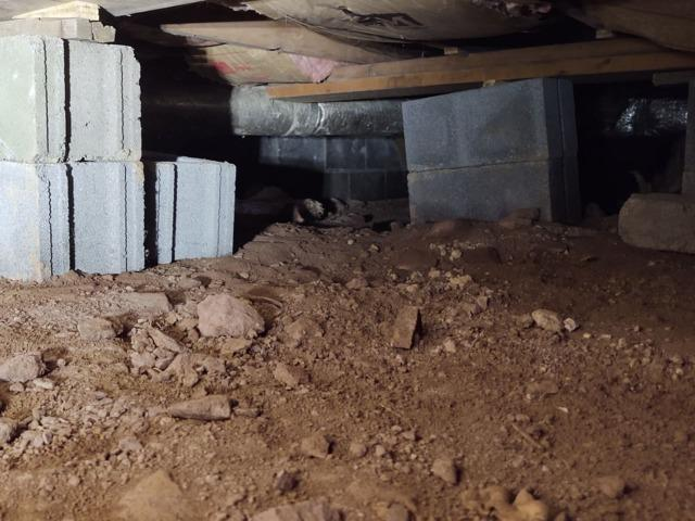 Crawl Space Encapsulation - Rose Hill, VA - Before Photo