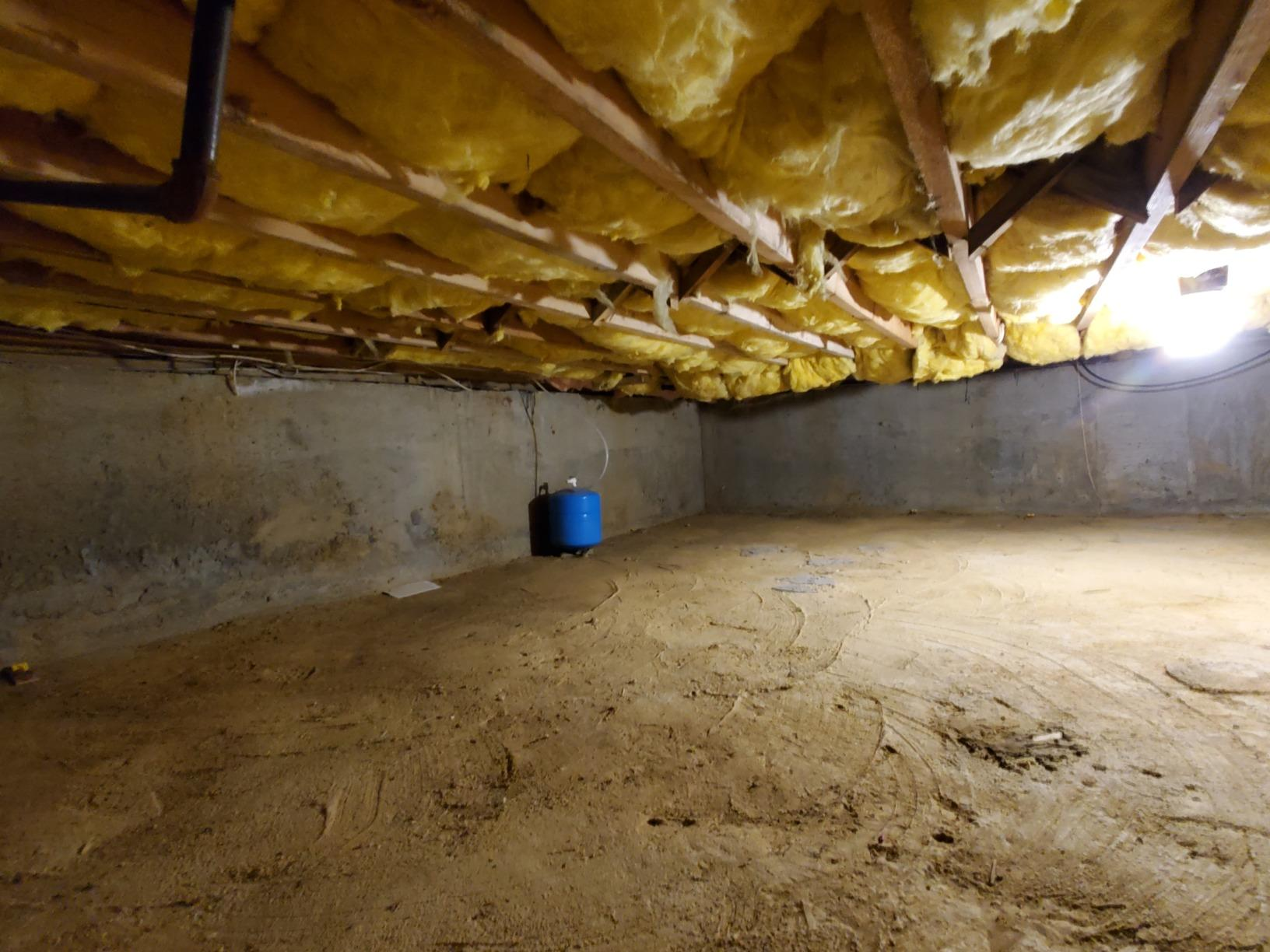 Crawl Space SilverGlo Manhasset NY - Before Photo