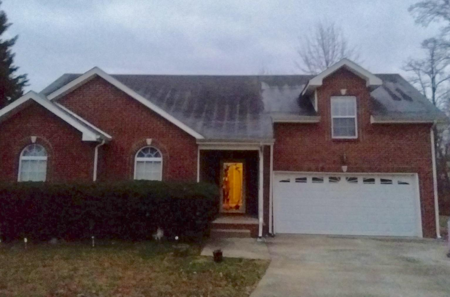 Single Family Home in Clarksville Shingle Roof - Before Photo