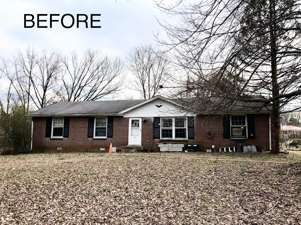 Clarksville, TN Single Family Home Roof Replacement - Before Photo