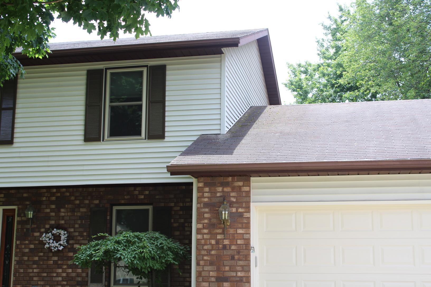 Roof Replacement Portage Michigan - Before Photo
