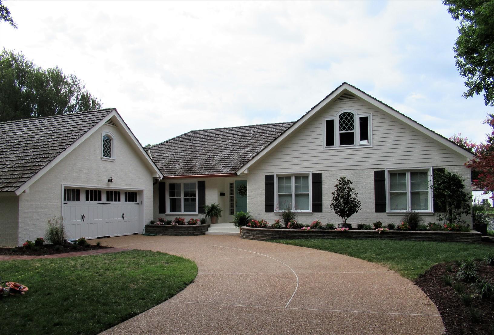 Hampton, Virginia Waterfront Home featured in Beachfront Bargainhunt - After Photo