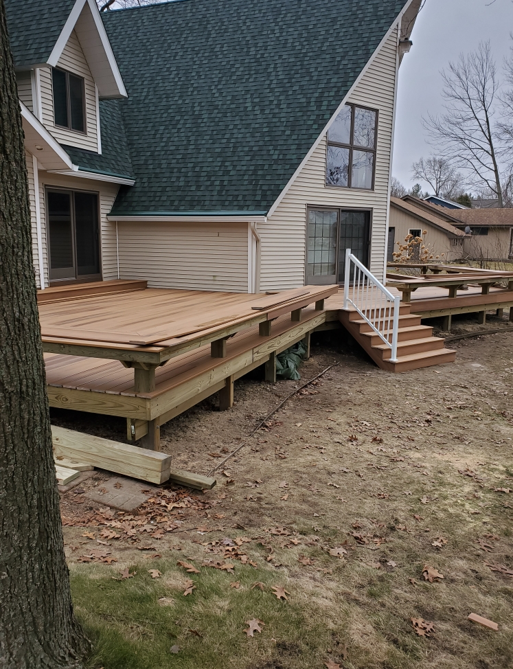 Deck in Rockford, MI - Before Photo