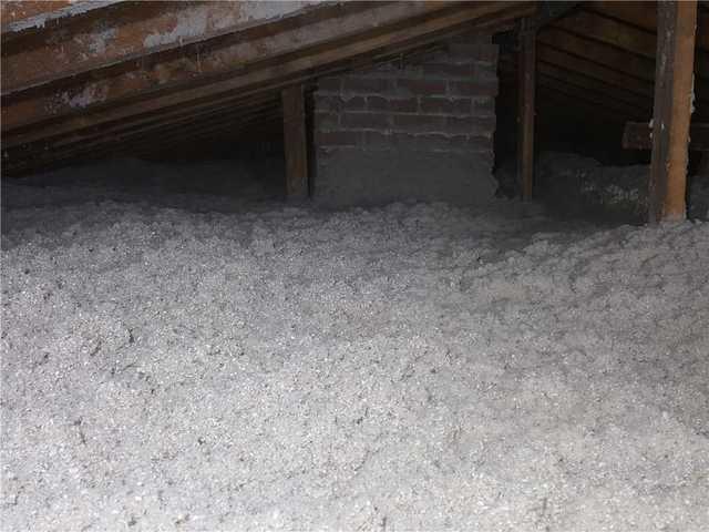 Un grenier isolé - une maison confortable, à Beaconsfield - After Photo