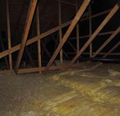 Attic insulation with cellulose In Ile Perrot, QC - Before Photo