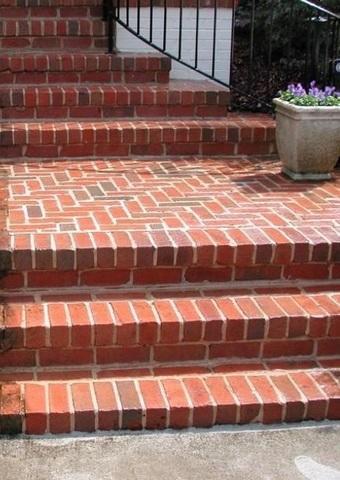 Powerwashing a Brick Walkway in Milford, CT