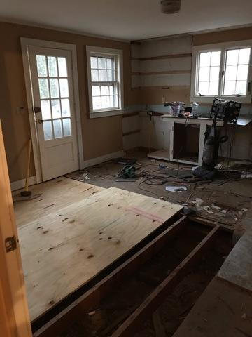 Floor and Wall Remodeling in Deep River, CT