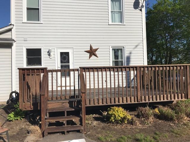 Deck Staining for Team Wilfredo in Milford, CT