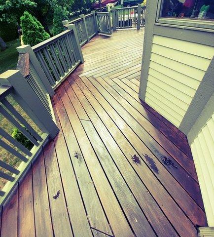 Deck Staining in Haddam, CT