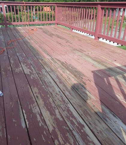 Deck Staining in Trumbull, CT