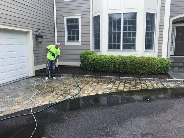 Stone Driveway Power Washing in Harrison, NY