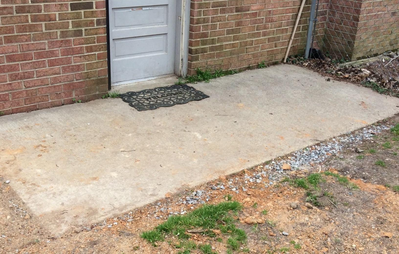 Lifting and Leveling in Mechanicsville, VA - Before Photo