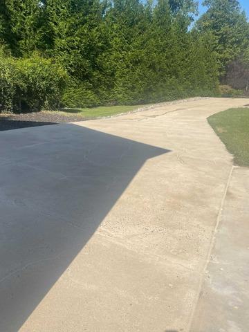 Concrete Driveway Repair in Ashland