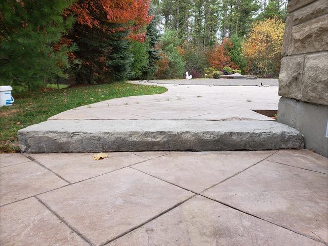 Backyard Step Sinks in Uxbridge, Ontario