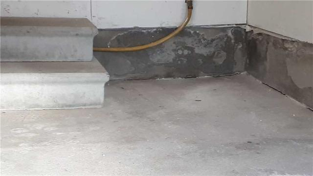 Risk of Water Seepage from Sinking Garage Floor in Mississauga, Ontario