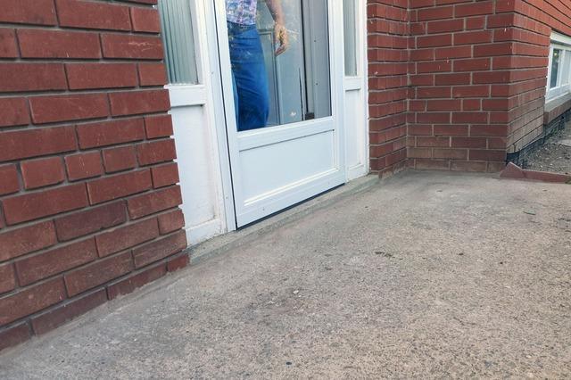Sinking Concrete Creates Slippery Winter Entryway in Brampton, Ontario
