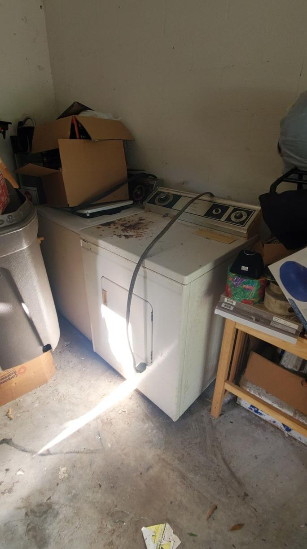 Appliance removal Sarasota FL - Before Photo