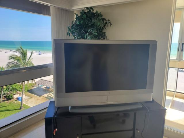 TV removal Siesta Key, FL