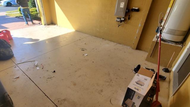House Hold Items Taken From Garage in Bradenton, FL
