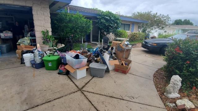 Moving Cleanout in Sarasota, FL - Before Photo