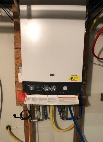 Noritz thankless water heater - Before Photo