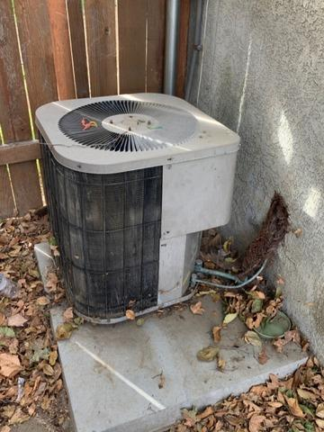 Install/Replace 2 ton complete hvac system in Hemet, Ca - Before Photo